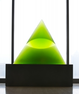 Stanislav Libenský (Czech, 1921–2002), Jaroslava Brychtová (Czech, born 1924), Green Eye of the Pyramid III, 1993–94. Mold melted and cut glass, 33 × 40 × 8 inches. Tacoma Art Museum, Promised gift of the Rebecca and Jack Benaroya Collection. Photo © TAM, photo by Russell Johnson and Jeff Curtis.
