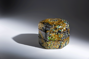 Kyohei Fujita, Spring of Tempyo, circa 1988.Mold-blown glass with gold and platinum leaf and pigments, 7 1/2 × 9 × 8 in. Tacoma Art Museum, Promised gift of the Rebecca and Jack Benaroya Collection, Photo by Duncan Price.